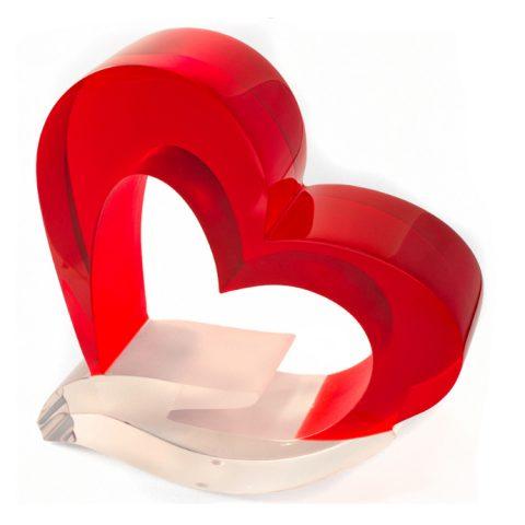Escultura A mão do Amor