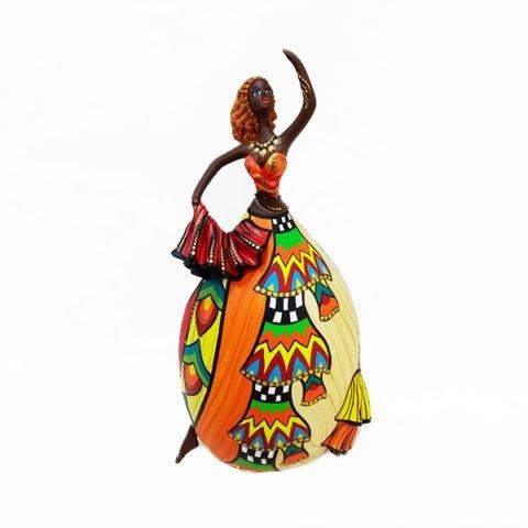 Boneca feita em Cabaça Bapi
