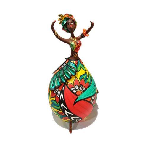 Boneca feita em Cabaça Bapi - Carmen Miranda negra