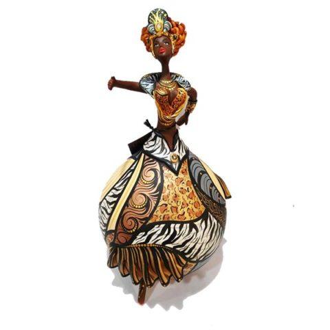 bailarina de cabaça colorida